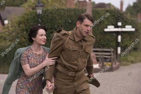 Chris Coghill as Stanley Farrow and Clare Calbraith as Steph Farrow