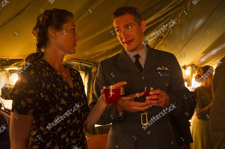 Ruth Gemmell as Sarah Collingborne and Mark Umbers as Nick Lucas
