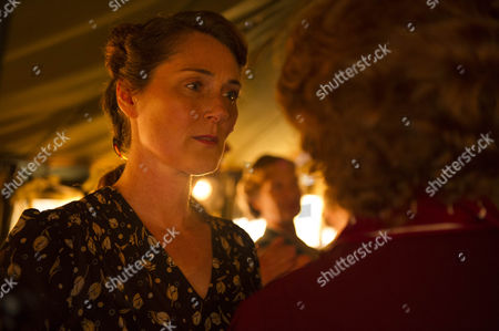 Ruth Gemmell as Sarah Collingborne
