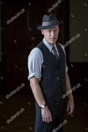 Shaun Dingwall as Janvier