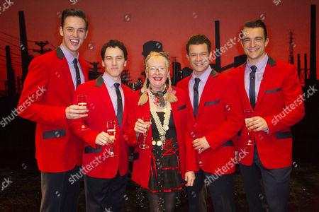 Declan Egan (Bob Gaudio), Matt Corner (Frankie Valli), Su Pollard, Simon Bailey (Tommy De Vito) and Matt Hunt (Nick Massi) backstage