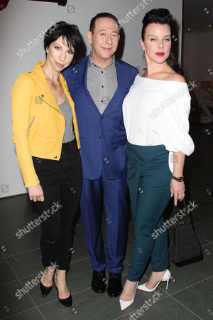 Stock Photo of Jessica Pohly, Paul Reubens and Debi Mazar