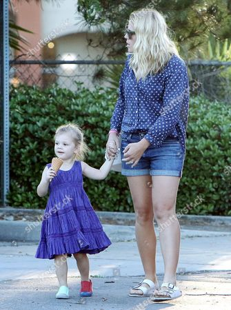 Busy Philipps and Cricket Pearl Silverstein