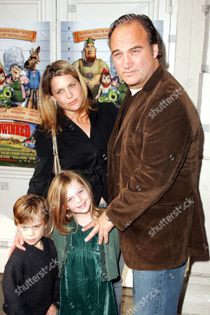 Stock Image of Jennifer Sloan and James Belushi with son Jared and daughter Jamison Bess