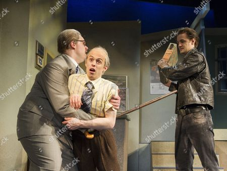 Henry Lewis as Robin, Jonathan Sayer as Warren, Henry Shields as Mitch,