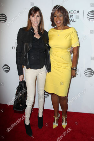 Stock Image of Lucy Kaylin (Editor-in-Chief; O Magazine) and Gayle King