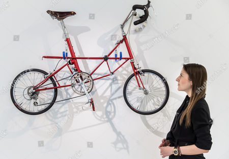 Stock Picture of 'AM Jubilee' bicycle (1987) by Dr Alex Moulton (est £3-5,000)
