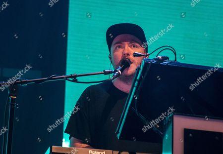 Martin Doherty performs