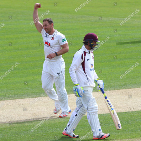 Graham Napier of Essex celebrates taking the wicket of Ben Sanderson and clinching victory for his team during Essex CCC vs Northamptonshire CCC, Specsavers County Championship Division 2 Cricket at the Essex County Ground on 27th April 2016