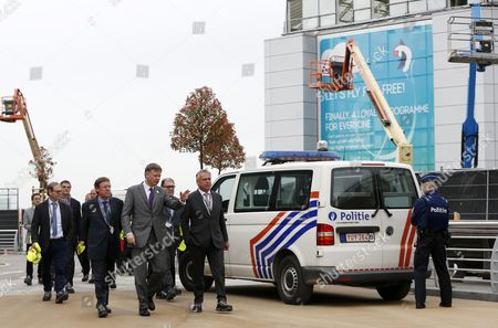 Siegfried Bracke, Arnaud Feist (CEO Brussels Airport Company), Patrick Dewael (President of the commission)