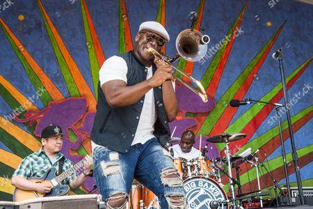 Big Sam's Funky Nation - Big Sam