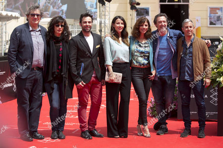 Stock Image of Gerardo Herrero (L), Carlo Dursi (CL), Barbara Goenaga (C), Maribel Verdu (CR), Gines Garcia Millan (2R) and David Canovas (R)