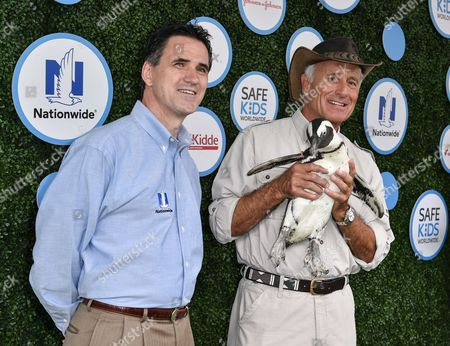 Mike Boyd, Jack Hanna and Trout the Penguin