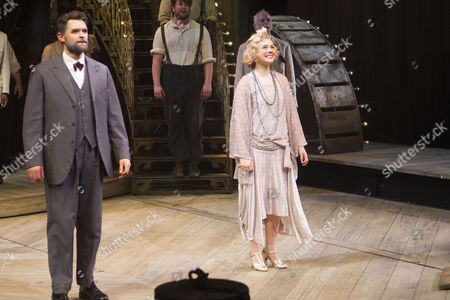 Chris Peluso (Gaylord Ravenal) and Gina Beck (Magnolia Hawks) during the curtain call