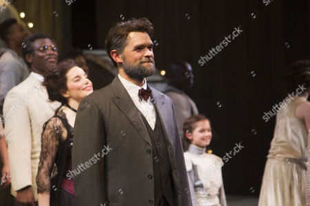 Chris Peluso (Gaylord Ravenal) during the curtain call