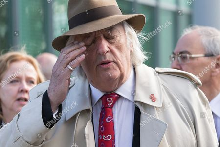 Michael Mansfield arrives at the court