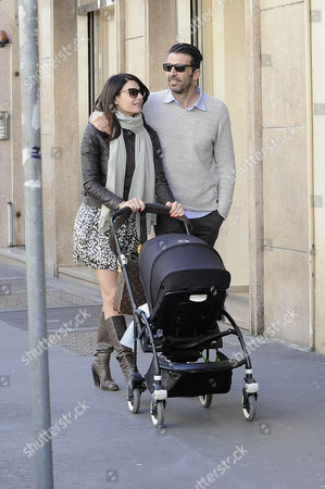 Ilaria D'Amico and Gianluigi Buffon with their son Leopoldo Mattia