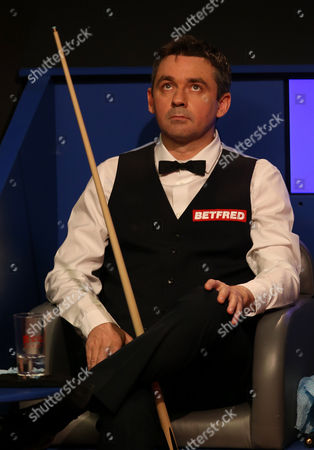 Alan McManus during the semi final match on day 13 of the Betfred World Snooker Championship