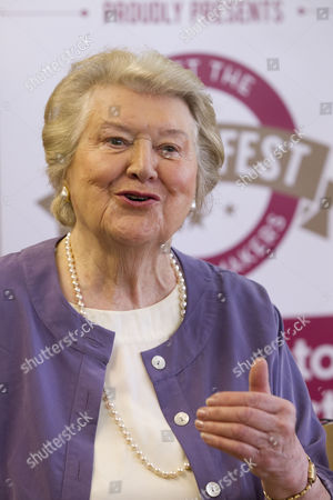Patricia Routledge addressing the room