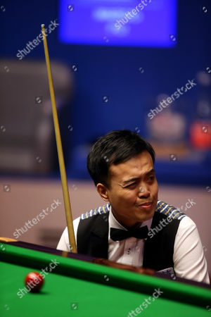 Marco Fu during the semi final on day 14 of the Betfred World Snooker Championship
