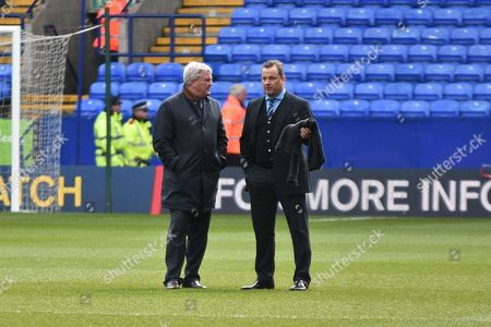 Hill City Manager, Steve Bruce and Dean Holdsworth during the Sky Bet Championship match between Bolton Wanderers and Hull City at the Macron Stadium, Bolton