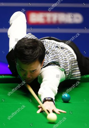Editorial photo of Betfred World Snooker Championships 2016 Day Fifteen Crucible Theatre, 55 Norfolk Street, Sheffield, United Kingdom - 30 Apr 2016