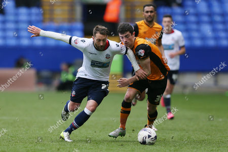 Bolton Wanderers Stephen Dobbie and Hull City's Brian Lenihan during the Sky Bet Championship match between Bolton Wanderers and Hull City played at the Macron Stadium, Bolton on April 30th 2016