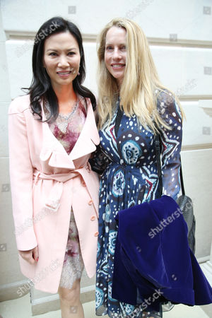 Wendi Deng Murdoch and Laurene Powell Jobs