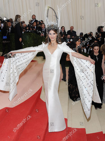 Editorial picture of The Metropolitan Museum of Art's COSTUME INSTITUTE Benefit Celebrating the Opening of Manus x Machina: Fashion in an Age of Technology, Arrivals, The Metropolitan Museum of Art, NYC, New York, America - 02 May 2016