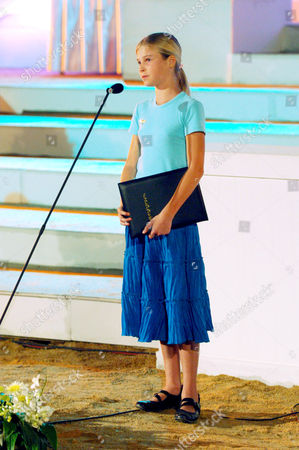 British tsunami hero Tilly Smith was credited with saving her family and over 100 fellow tourists in the boxing day 2004 tsunami. She read a poem in front of Crown Princess Ubol Ratana at an Interfaith Memorial Service at Bang Niang Beach, Phang nga