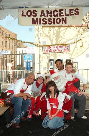Dorian Gregory, Jennifer Love Hewitt, Santa Claus, Texas Battle and Jeremy Renner