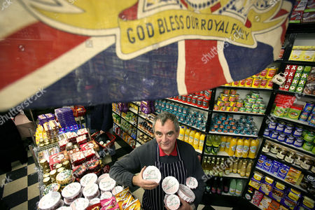 Editorial photo of PETER MYERS, WHO RUNS A BRITISH GROCERY STORE IN NEW YORK, AMERICA - 19 DEC 2005