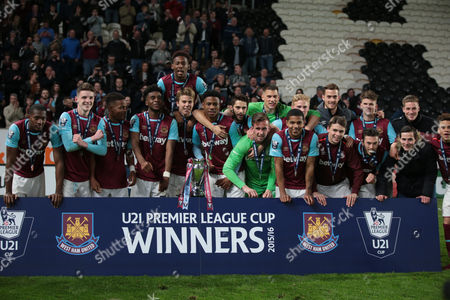 Stock Picture of West Ham United U21s Raphael Spiegel with Trophy