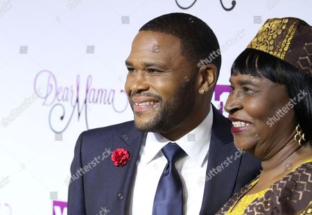 Stock Image of Anthony Anderson, and his mother Doris Bowman