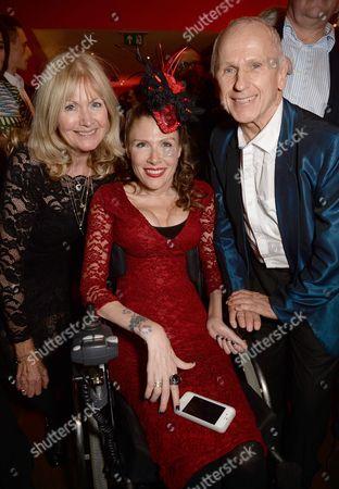 Debbie Moore, Lara Moore and Wayne Sleep
