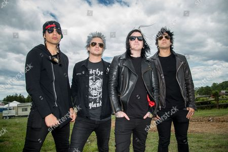 Escape The Fate - Robert Ortiz, Craig Mabbitt, TJ Bell, and Kevin Kevin Gruft