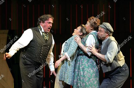 'The Bartered Bride' - Peter Rose ( Kecal ), Susan Gritton ( Marenka ), Susan Bickley ( Ludmila ) and Donald Maxwell ( Krusina )