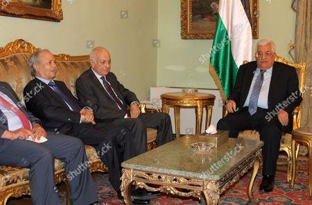 Arab League Secretary General Nabil Elaraby meets with Palestinian President Mahmoud Abbas