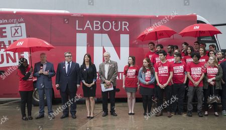 Jeremy Corbyn (5L) and Alan Johnson, Chairman of 'Labour In for Britain' unveil their campaign bus. Labour deputy Tom Watson and Gloria de Piero, Shadow Minister for Young People and Voter Registration