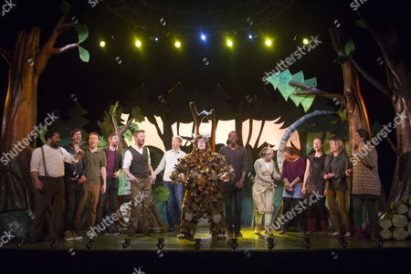 Owen Guerin (The Gruffalo) with past and current members of cast