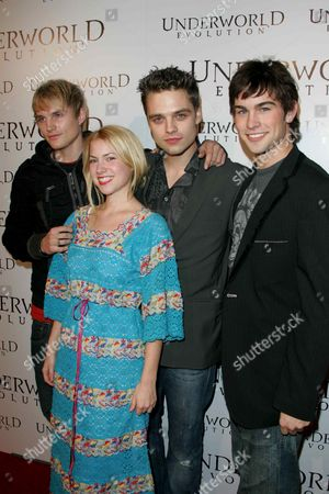 Toby Hemingway, Sebastian Stan, Laura Ramsey and Chace Crawford