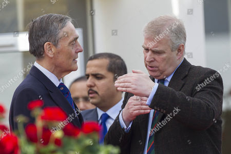 Prince Andrew chats with Gerald Grosvenor, 6th Duke of Westminster.