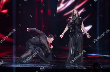 Sanja Vucic and dancer