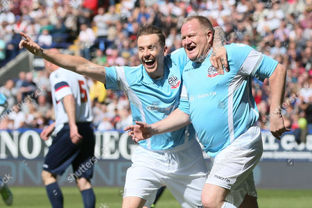 John McGinley celebrates during the legends match between Tony Kelly's All Star Eleven and John McGinlay's All Star Eleven played at the Macron Stadium, Bolton on May 14th 2016