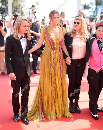 Isaiah Stone, Riley Keough and Andrea Arnold