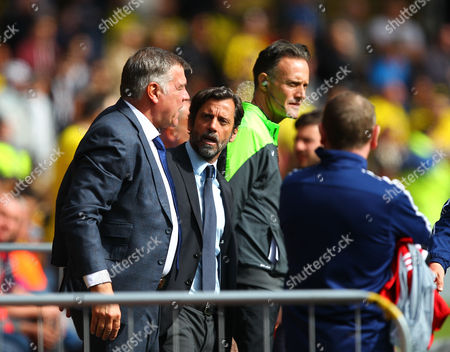 Quique Flores manager of Watford argues with Sam Allardyce manager of Sunderland   during the Barclays Premier League match between Watford and Sunderland  played at Vicarage Road  , Watford on 15th May 2016