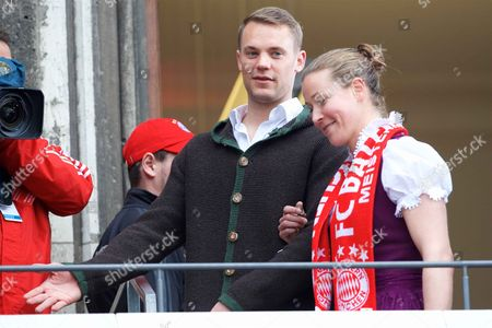 Manuel Neuer, Tinja Riikka Korpela