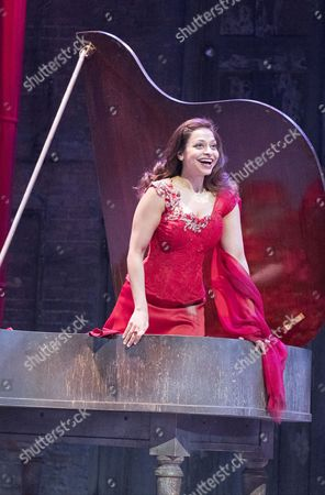Ayesha Dharker as Titania,