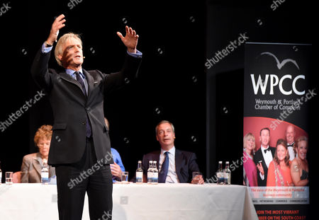 Pro Brexit campaign debate, Richard Drax MP Nigel Farage, Tim Martin (owner of Wetherspoons), and Kate Hoey MP