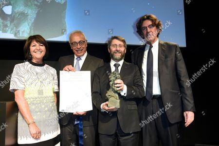Martine Dassault, Yossi Gal, Haim Korsia and Luc Ferry